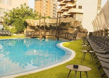 PISCINA EXTERIOR Apartamentos Benidorm Celebrations™ Music Resort (Adults Only)