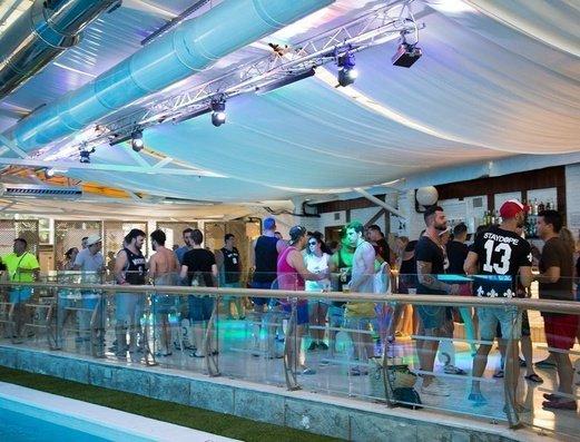 Fiestas nocturnas Apartamentos Benidorm Celebrations™ Pool Party Resort (Adults Only)