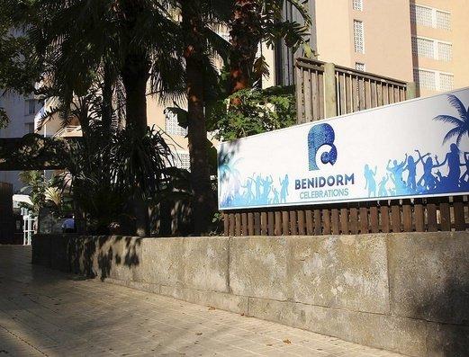 FACHADA Apartamentos Benidorm Celebrations™ Pool Party Resort (Adults Only)